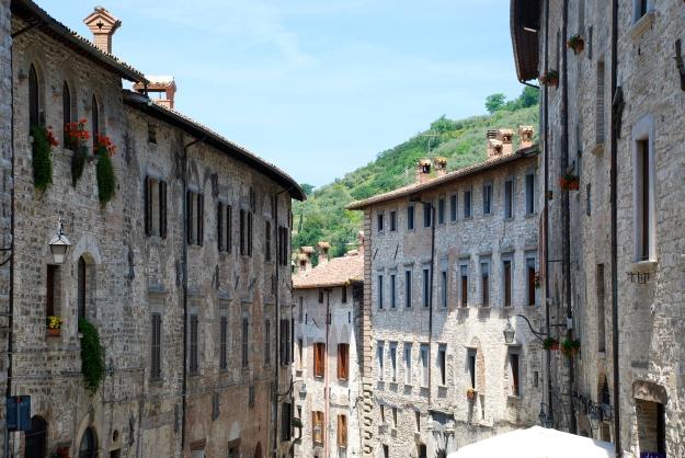 Gubbio: street view