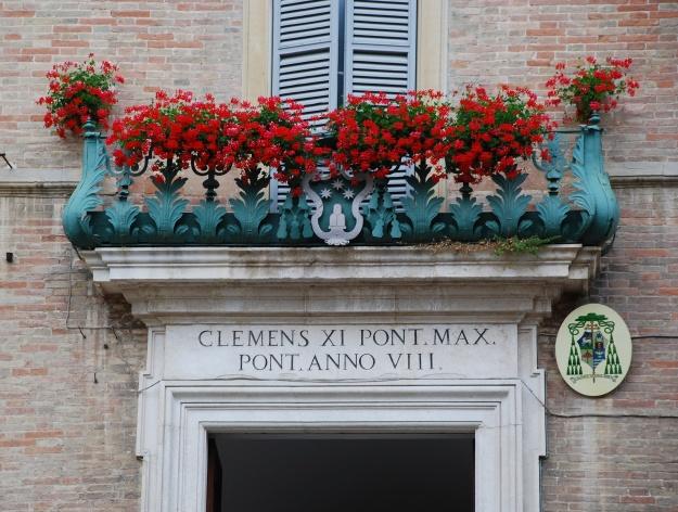 Urbino: balcony