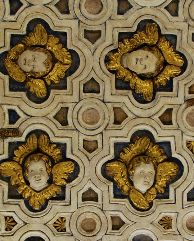 Urbino: Ducal Palace, chapel ceiling detail